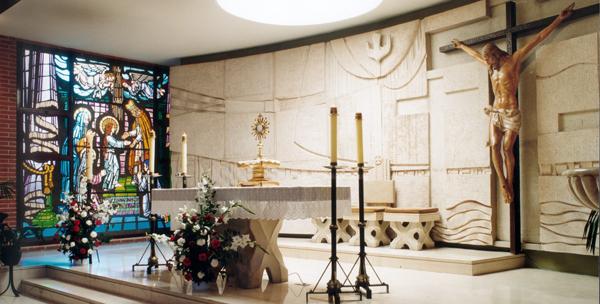 Exposición del Santísimo en La Parroquia de La Presentación de Nuestra Señora, encomendada a La Obra de La Iglesia